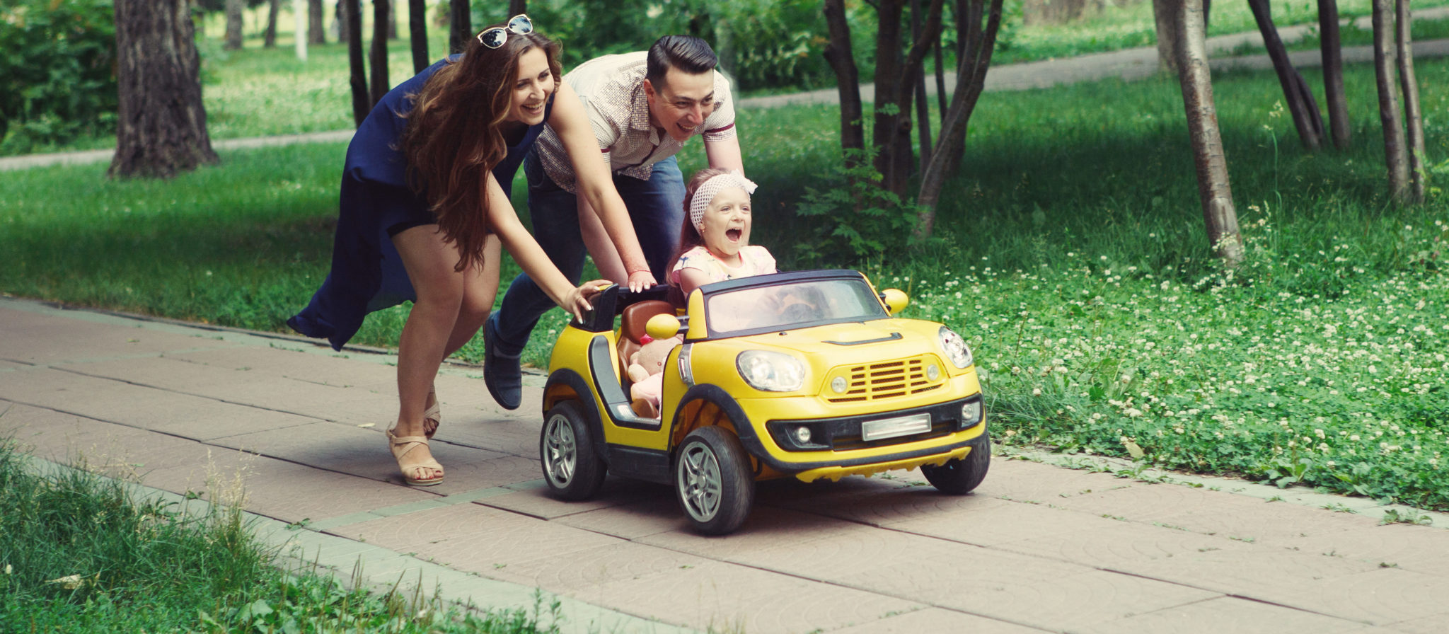 Finding a car for baby to ride in provides kids with fun and creates bonding moments for parents.